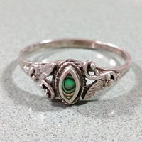 Ladies Vintage Sterling Abalone Shell Paua Solitaire Ring 925 Silver Ring Size 10 Floral Leaf Foliage Design Elements Light Oxidation Patina