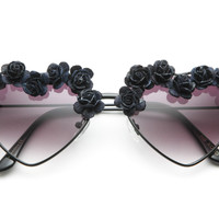 Lovemade x 80spurple - Handmade Flower Heart Sunglasses (Black)