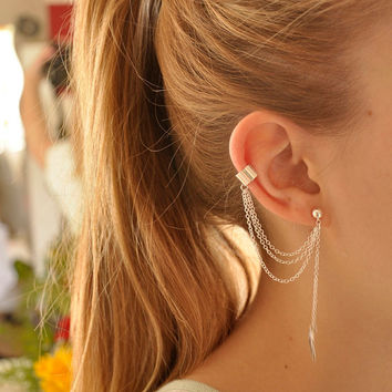 Simple Leaf Ear Cuff With Chains -  A2