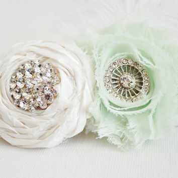 Elegant Mint and White Wedding Garter Set - Feather Garter - Lace Garter - Cruelity Free - Shabby Chic Garter