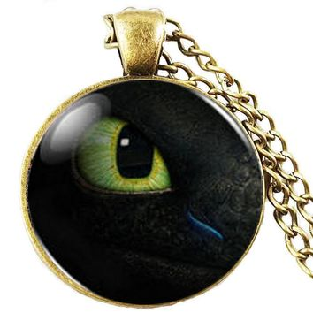 How to Train your Dragon Toothless Eye Necklace Pendant Jewelry Toy Gift Present men necklace women chain boy girl gift children