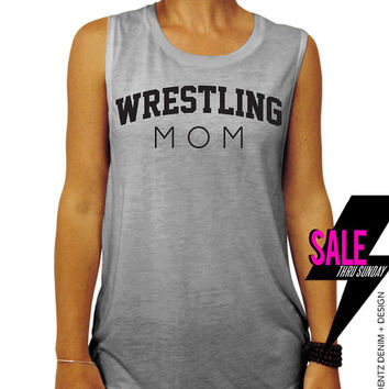 Wrestling Mom - Gray Muscle Tee Tank T-shirt