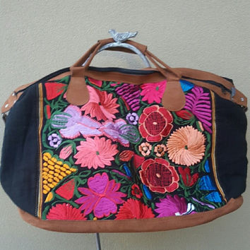 Huipil Embroidered Travel Bag - Black