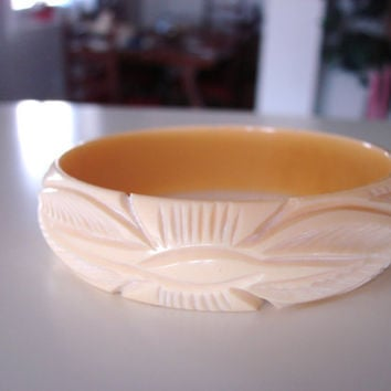 Beautifully Carved French Ivory Celluloid Vintage Bracelet