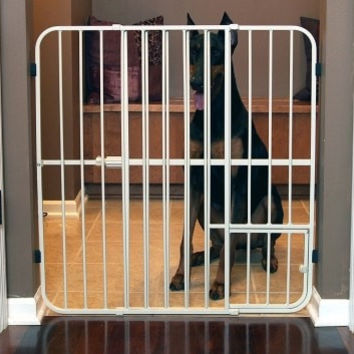 "DOG CONTAINMENT - GATES - CARLSON EXPANDABLE GATE - 32""H 26-42W - W/SMALL PET DOOR - CARLSON PET PRODUCTS - UPC: 891618006320 - DEPT: DOG PRODUCTS"