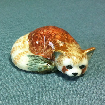 Miniature Ceramic Red Lesser Panda Cat Bear Animal Cute Little Tiny Small Brown White Figurine Statue Decoration Collectible Hand Painted