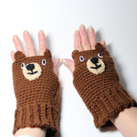 Bear fingerless mittens, animal fingerless gloves, crochet mitts.