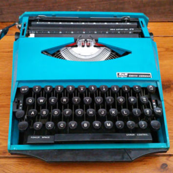 Vintage Working Turquoise Teal Smith Corona Ghia Super G Typewriter Portable Compact Travel Typewriter With Case