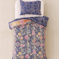 Taliah Mixed Floral Reversible Comforter Snooze Set | Urban Outfitters