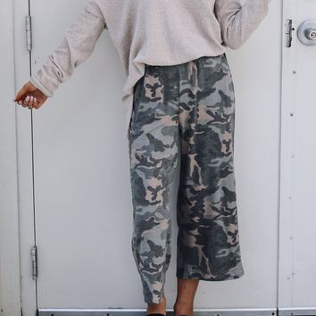 Fight For Me Camo Flowy Travel Pants