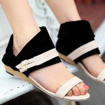 YESSTYLE: Smoothie- Buckled Cuffed Wedge Sandals (Black - 38) - Free International Shipping on orders over $150
