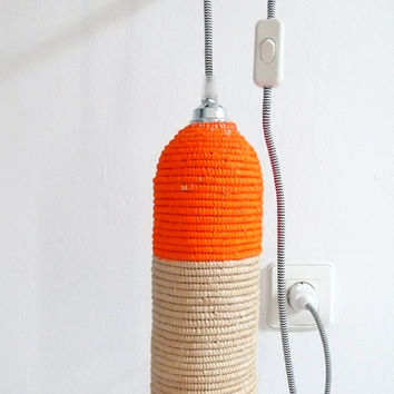 Natural raffia lamp with textile cable, switch and plug - neon orange