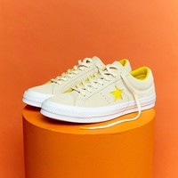 Converse One Star Ox Trainers In Yellow Suede at asos.com