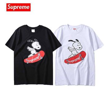 ABAUGUAU Supreme Skateboard Dog T-Shirt
