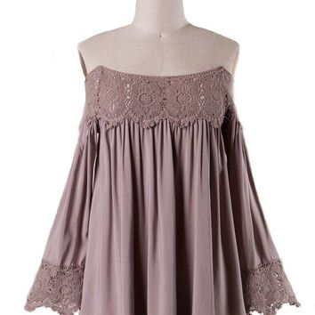 SANSA OFF THE SHOULDER LACE TRIM BLOUSE - MOCHA