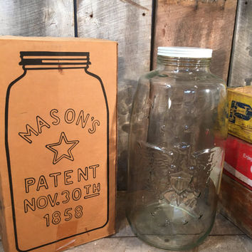 Vintage pickle jar, 4 gallon glass jar, Libby glass jar, mason jar, metal lid, glass jug, storage container, country store jar, decor,