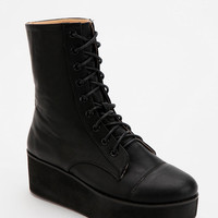 Deena & Ozzy Lace-Up Flatform-Boot