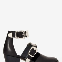 EEight Marion Leather Heel