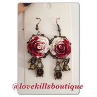 Painting the roses red Alice wonderland Rose earrings rockabilly Psychobilly Pinup Scene