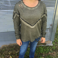 Women's Long Sleeve Torn Fringed Top in Olive
