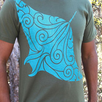 Manta Ray Shirt - Hahalua tee - blue blend screenprint on 12 available super soft cotton T-Shirt Colors. Original Hawaiian cultural artwork.