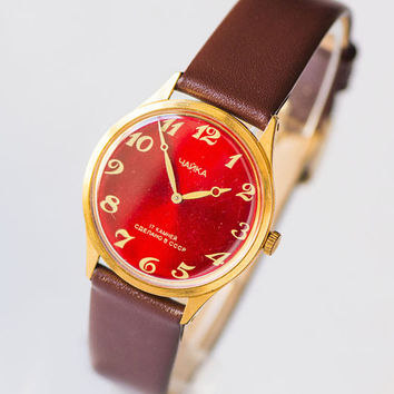 Red face women wrist watch Gold plated wristwatch sleek Classical jewelry lady watch simple Seagull watch round New luxury leather strap
