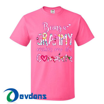 Being A Grammy Makes My Life T Shirt Women And Men Size S To 3XL
