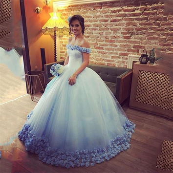 2017 New Arrival  Blue  Boat Neck Princess Flowers Quinceanera Dresses Tiered Sleeveless Ball Gowns for 15 years Vestidos De