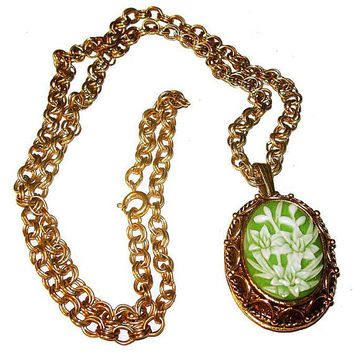 "Perfume Locket Pendant Vanda USA Green White Cameo Lily Flowers Gold Rolo Chain 24"" Vintage"