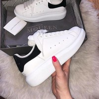 ALEXANDER MCQUEEN Fashion Woman Casual Sneakers Sport Shoes(Velvet Tail) Black