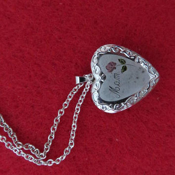 Vintage Silver Tone Locket - Locket for Mom, Chain Necklace, Gift for Her, Gift Boxed