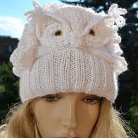 Crocheted knitted white  cap hat beanie  Snowy Owl ;o)