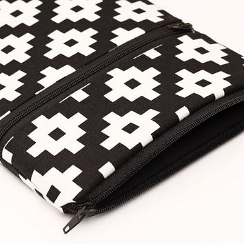 "Kindle Fire 7"" cover, Nook GlowLight pouch, Nexus 7"" zip sleeve, Apple iPad mini cover with foam padding - black and white geometric"