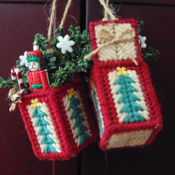 Christmas Nutcracker Mini Ornament Red