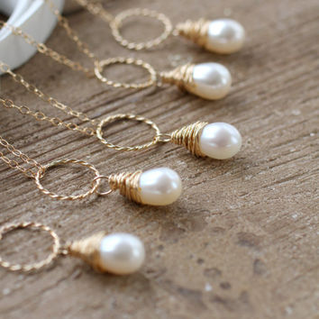 Set of SIX Pearl Necklaces, Bridesmaid Necklaces, Eternity Necklace, Circle Pendant, Bridesmaid Gifts, Freshwater Ivory Pearl, Karma Ring