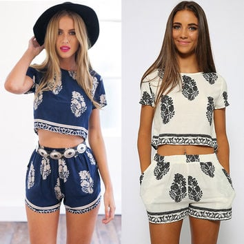Floral Leaf Print Cropped T-shirt and Shorts