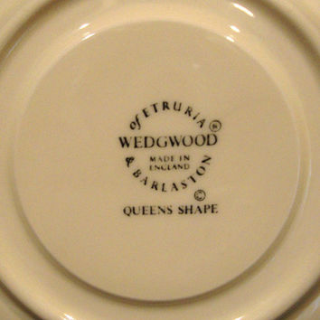 11 Mint Cream Color Wedgwood Queens Shape Tea/Coffee Cups & Saucers/ Etruria Barlaston Made in England