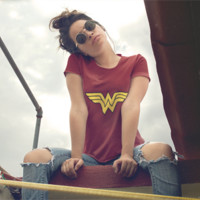 Wonder Woman DC Comics T-Shirt! *FREE shipping*