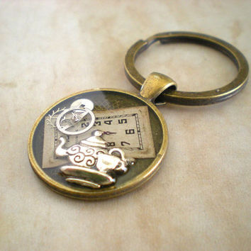 Alice in Wonderland Keychain: Teapot - Steampunk Keychain - Stocking Stuffer - Men's Keychain - Men's Keyring - Men's Gift - Clockwork