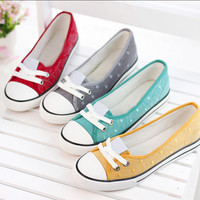 Candy color slip on casual shoes for women Summer new arrival shallow mouth flat shoes fashion polka dot female canvas shoes
