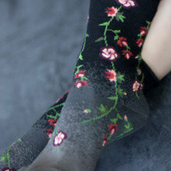 Socks » Socks » Tibetan Flower Crews « Sock Dreams