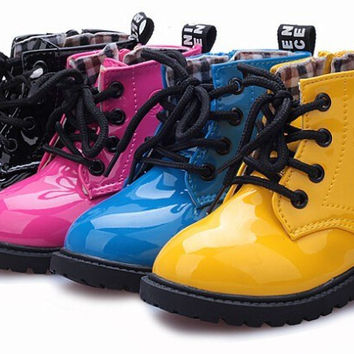 Choice of Boys or Girls Water Resistant Winter Boots Shoes. Fur or Plaid.