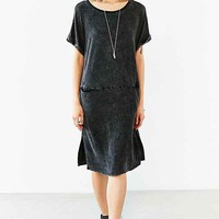 Silence + Noise Double-Pocket Midi Tee Dress- Washed Black