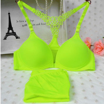 2017 Japanese buckle type Y hollow beauty back solid no rims comfortable thin cup sexy push up bra & thongs women underwear set
