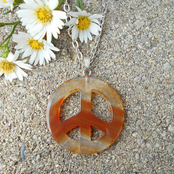 Peace sign necklace, stone peace sign necklace, peace sign jewelry, Agate pendant, pendant necklace, healing stones and crystals, bohemian