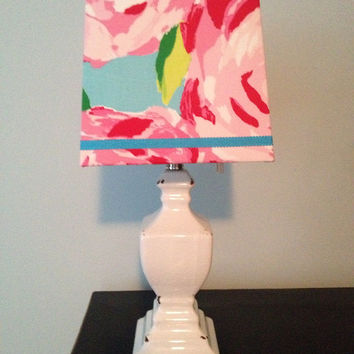 Lilly Pulitzer First Impressions Hotty Pink Lamp and shade