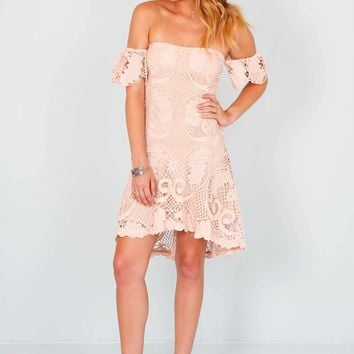 ENDLESS ROSE | Ophelia Off Shoulder Lace Dress - Blush