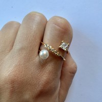 Crystals and Pearl Wrap Ring