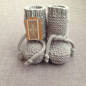 Handknit Light Gray Baby Booties - 3 to 6 Month - Knit Baby Booties - Knit Baby Clothes - Handmade Baby Shoes - Knitted Gray Baby Boots