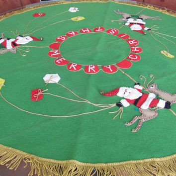 Vintage Bucilla Tree Skirt, 1960's Felt Christmas Tree Skirt, Santa, Sequin, Applique Tree Skirt, Vintage Handmade, Christmas Decor